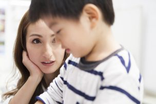 子供の円形脱毛症の2つの原因と治すために親ができる3つのケア