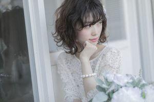 髪の量が少ない女性にぴったりの髪型9選と改善方法まとめ