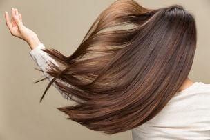 簡単に髪にボリュームを出す方法5選と根本的な対策まとめ